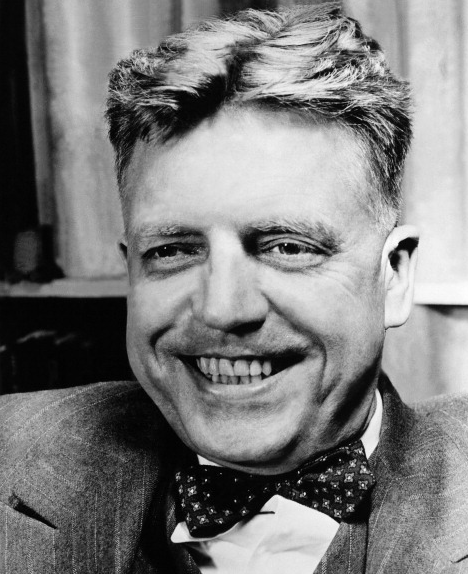 Alfred Kinsey smile.png